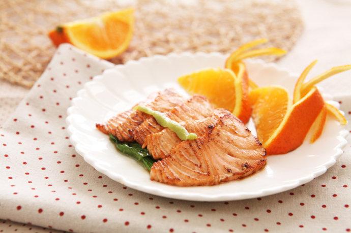 香煎三文鱼 - 慢美食博客 - 慢美食博客 美食厨房