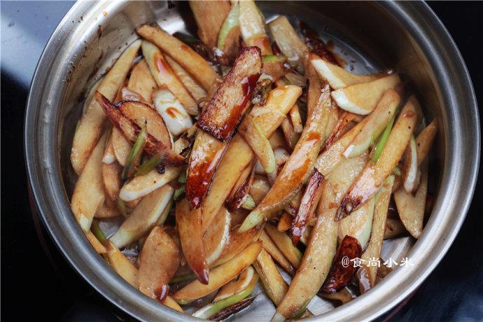 最能让你有食欲的蚝油煨茭白 - 慢美食 - 慢 美 食