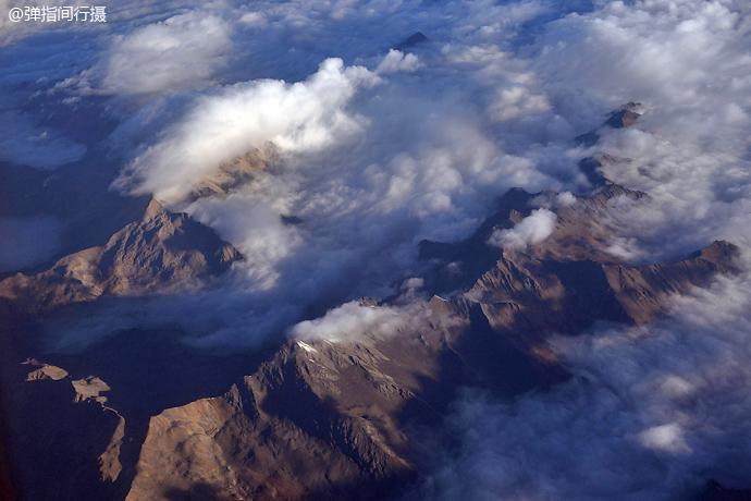 航拍川西高原无比震撼的山川云海 - H哥 - H哥的博客