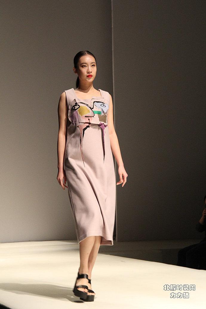 【北京】服装学院清纯模特演绎清新甜美风