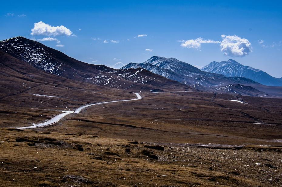 """[转载]青藏高原与黄土高原的分界线""""拉脊山""""(转帖)"""