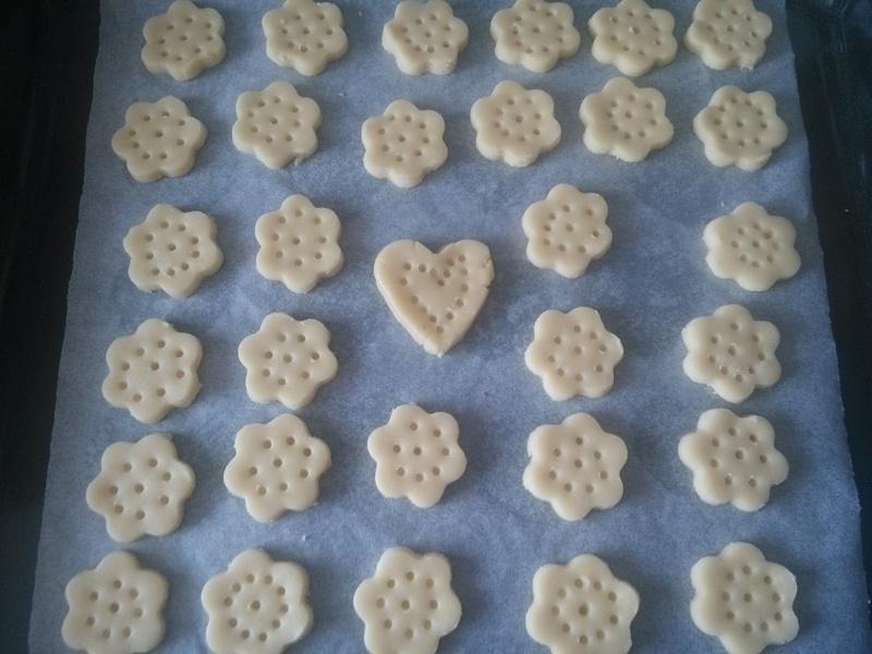 简单的花朵饼干 - 叶子的小厨 - 叶子的小厨