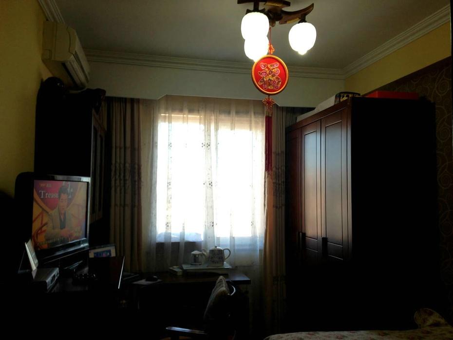 次卧室中式风格装修实景效果.中式风格的古色古香与现代
