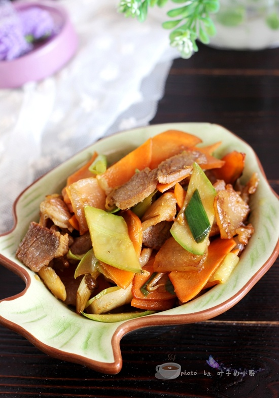 家常炒腊肉 - 叶子的小厨 - 叶子的小厨