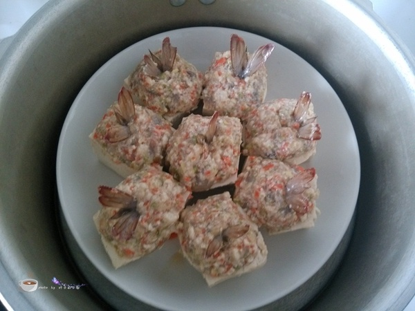 虾仁蒸豆腐 - 叶子的小厨 - 叶子的小厨