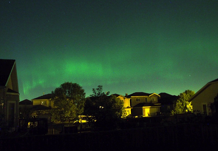 观北极光,竟能坐在加拿大城市的家中看到 - 海军航空兵 - 海军航空兵