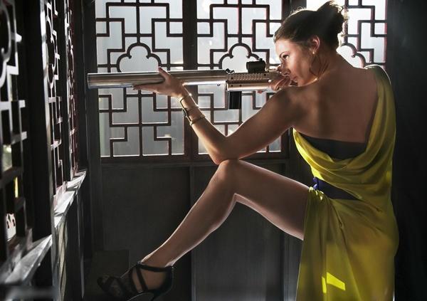 除了汤哥还看啥?当然是5个身材火辣的谍女郎 - 嘉人marieclaire - 嘉人中文网 官方博客