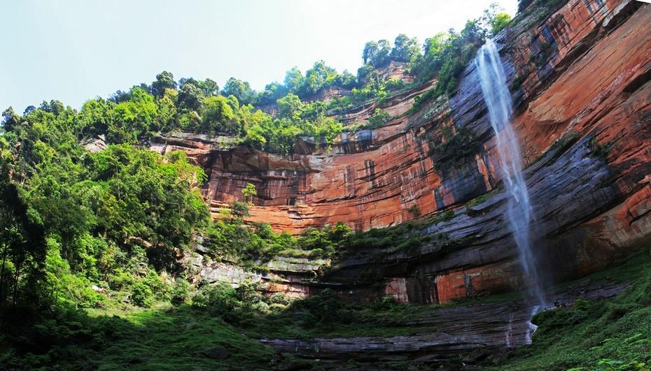 碧水丹霞佛光岩,绝壁怪石五柱峰--赤水游之二 - 侠义客 - 伊大成 的博客
