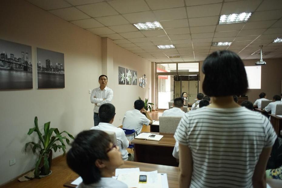 贝尔地板:学习力就是战斗力 - 贝尔地板 - 贝尔地板、全球B2C销售领跑者