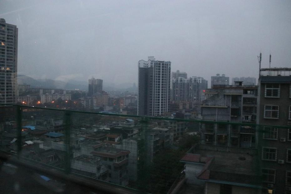 云雨朦胧湘西路,灯火迷离凤凰城--秋游湘南湘西之二 - 侠义客 - 伊大成 的博客