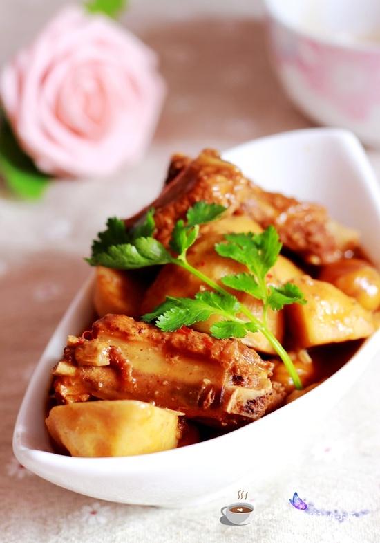 芋头烧排骨 - 叶子的小厨 - 叶子的小厨