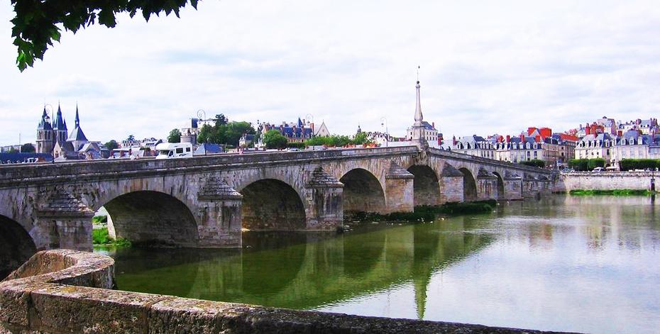 欧洲行37:卢瓦河畔游览法兰西古堡 - 余昌国 - 我的博客