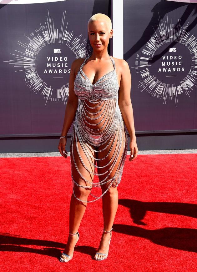 你们管这叫裙子? 女星示范穿了等于没穿的红毯礼服 - 嘉人marieclaire - 嘉人中文网 官方博客
