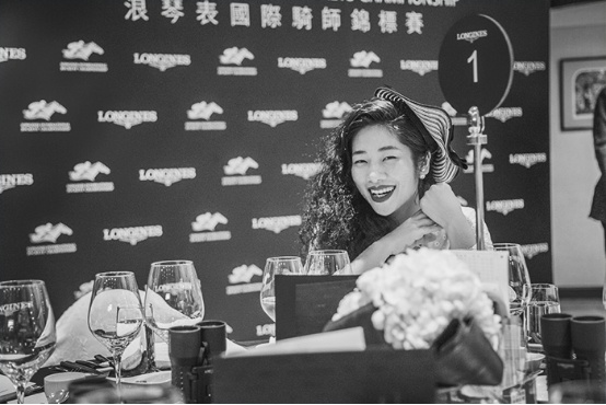 惬意|跟着我去香港看赛马 - toni雌和尚 - toni 雌和尚的时尚经