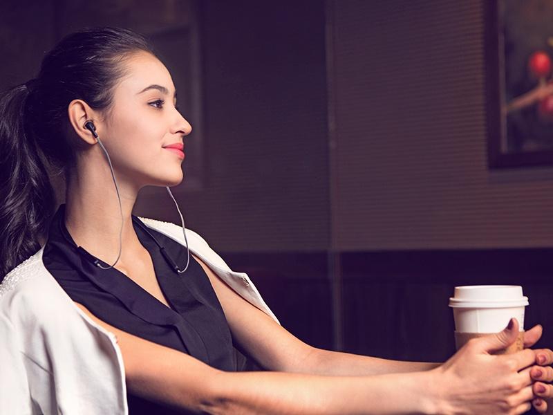 超High无线耳机,颜值和音质比iPhone还要好