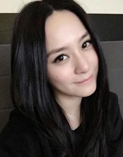 原来阿娇才是自拍界的女王! - 嘉人marieclaire - 嘉人中文网 官方博客
