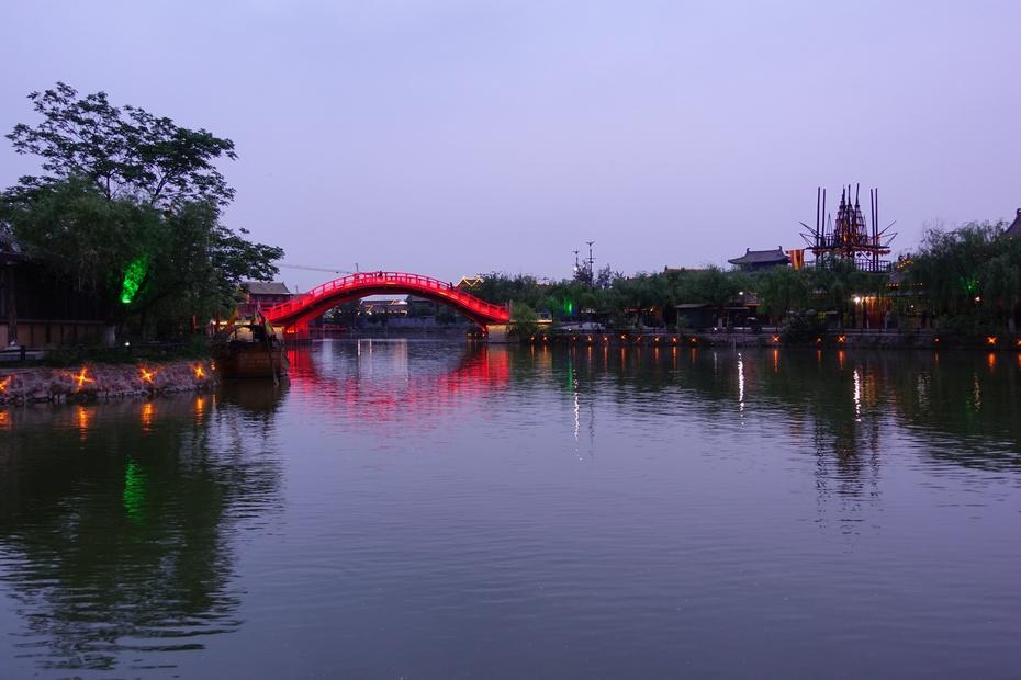 清明上河园:再现北宋文化魅力 - 余昌国 - 我的博客