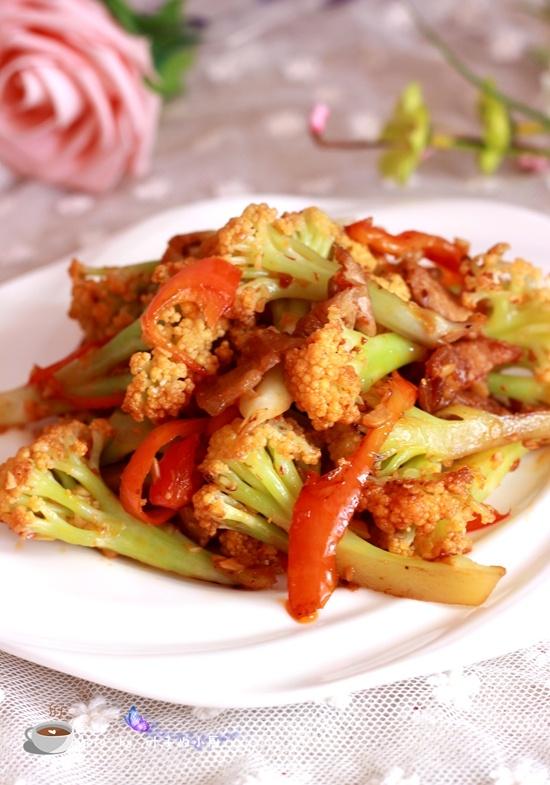 菜花炒肉 - 叶子的小厨 - 叶子的小厨