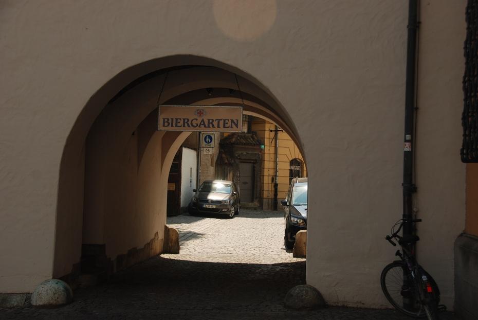 雷根斯堡:一座城一座世界文化遗产 - 海军航空兵 - 海军航空兵
