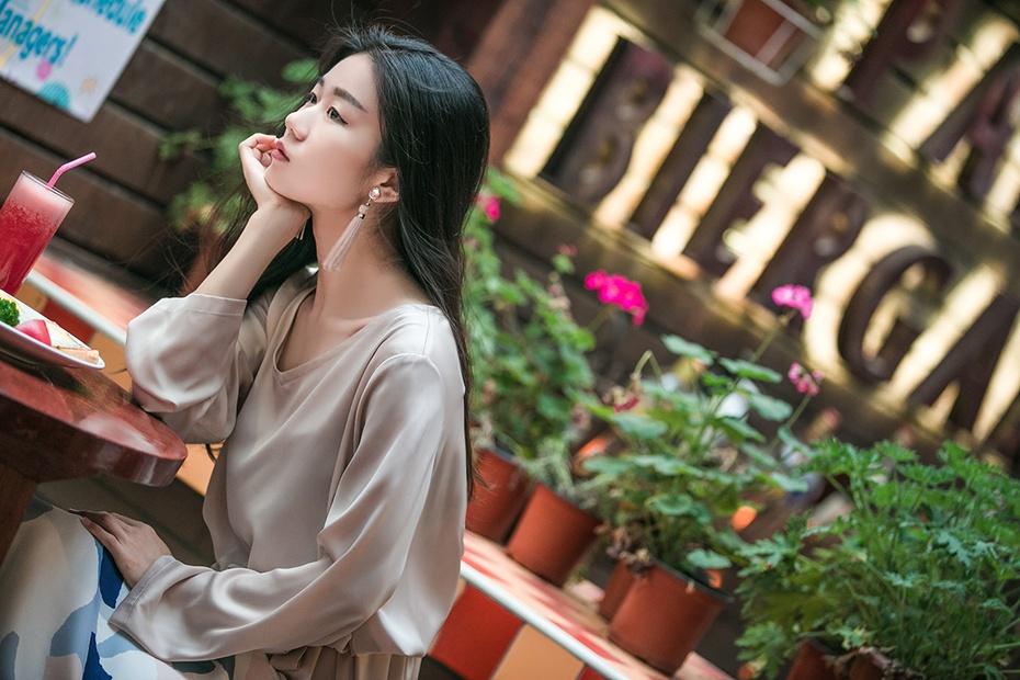 [Ava搭配日记]杏色温柔到气息都是静谧的 - AvaFoo - Avas Fashion Blog