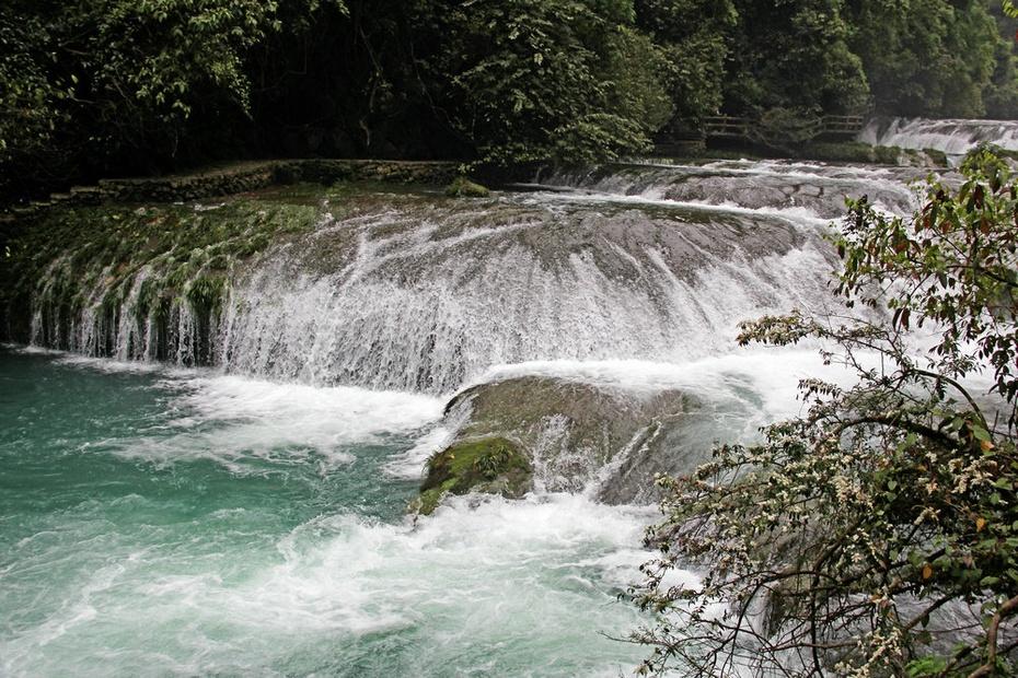荔波小七孔绝美水韵,拉雅瀑布跌水68级--黔南游十六 - 侠义客 - 伊大成 的博客