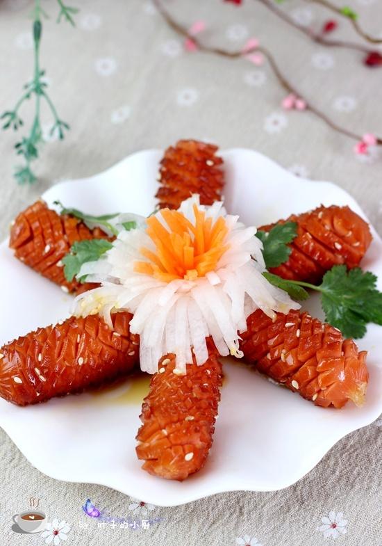 香煎脆皮肠 - 叶子的小厨 - 叶子的小厨