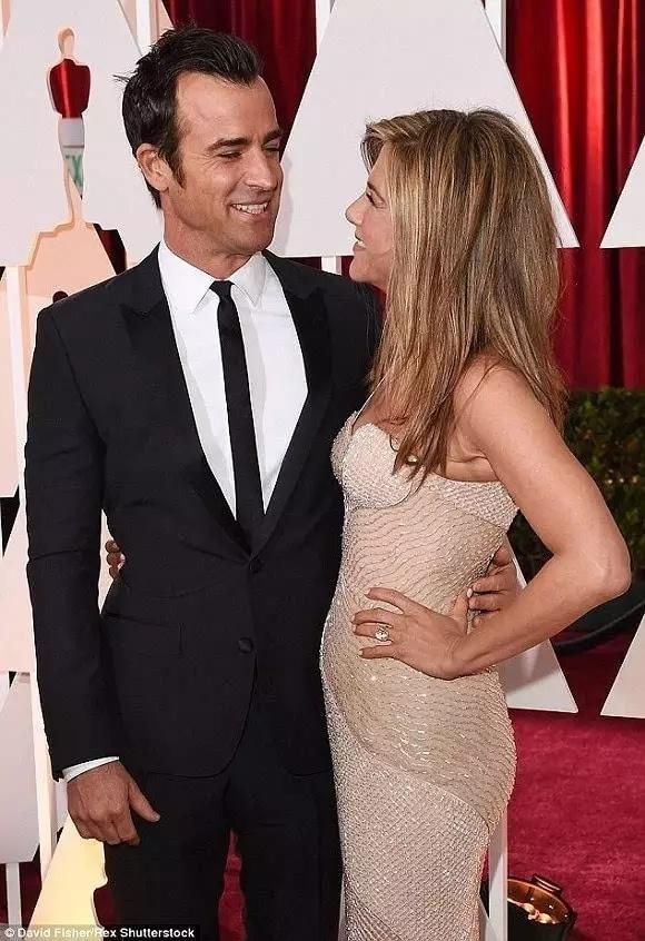 47岁的Jennifer Aniston又被评为全球最美女性了 - toni雌和尚 - toni 雌和尚的时尚经