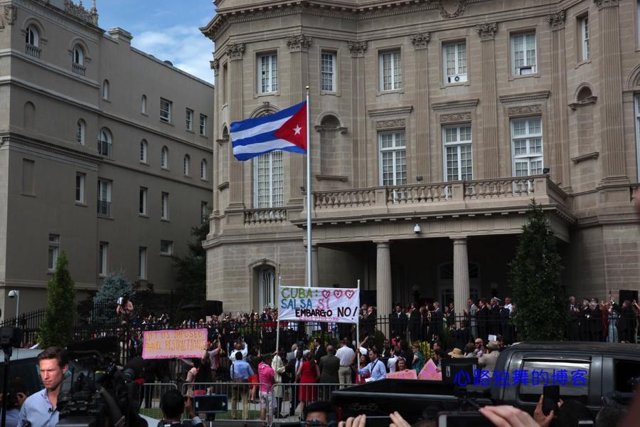 华盛顿重新飘起了古巴国旗(组图) - 心路独舞 - 心路独舞