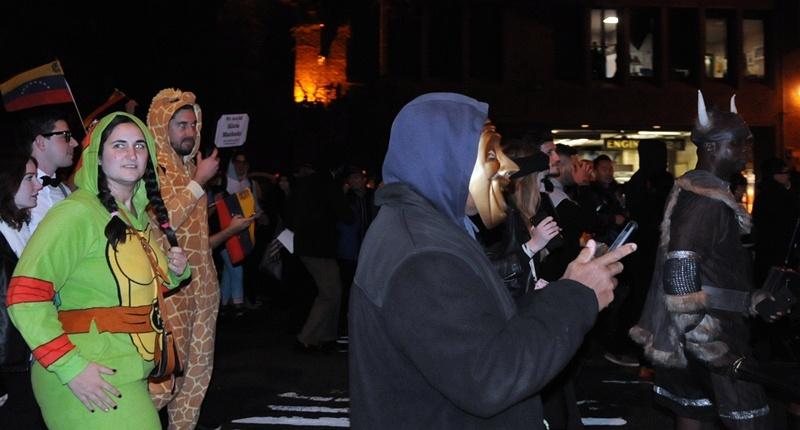 美国散记:实拍纽约万圣节大游行 - 风帆页页 - 风帆页页博客