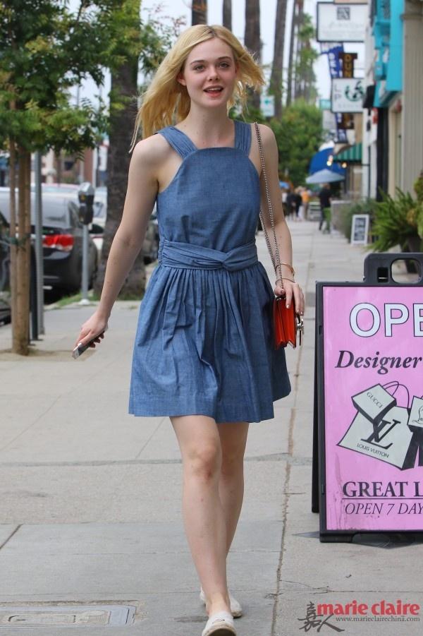 论牛仔裙的N种打开方式 美出高级范儿 - 嘉人marieclaire - 嘉人中文网 官方博客