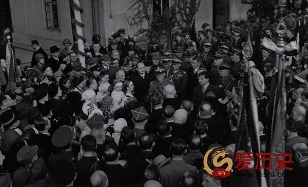 1938年波兰吞并捷克后的欢庆仪式 - 爱历史 - 爱历史---老照片的故事