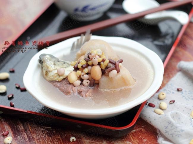 粉葛鲮鱼猪骨汤---家喻户晓的广东祛湿名汤 - 慢美食 - 慢   美   食