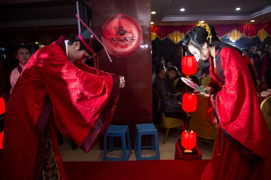 """80后新人办""""汉式婚礼"""" - 东亚影像 - 东亚影像"""