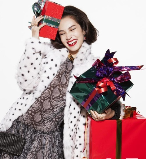 明星PK火红装扮 谁是最美圣诞女神? - 嘉人marieclaire - 嘉人中文网 官方博客