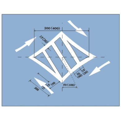 中心圈設置在交叉路口中心的斜紋填充的白色圓形或菱形區域,用以區分車輛大、小轉彎,及交叉路口車輛左右轉彎的指示,車輛不得壓線行駛。