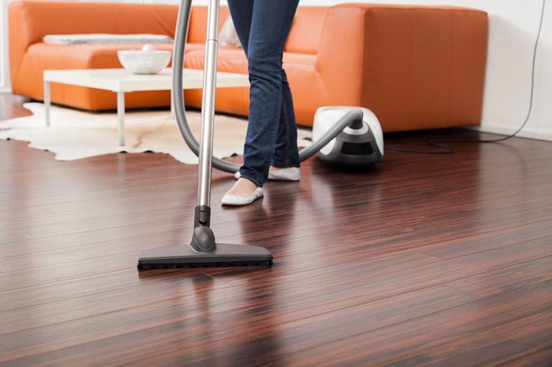 清洁木地板小妙招 地板钉_麻花地板钉_地板钉厂家 - 墙中刺钉业