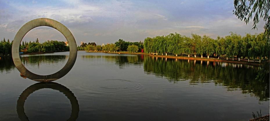 大观楼落霞塑影,滇池旁白鹭翩翩--昆明游之四 - 侠义客 - 伊大成 的博客