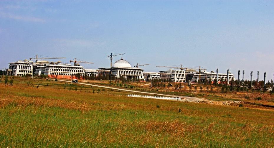 海拉尔河畔丽水青山,纪念馆前忆战争风云--暑期东北行之十三 - 侠义客 - 伊大成 的博客