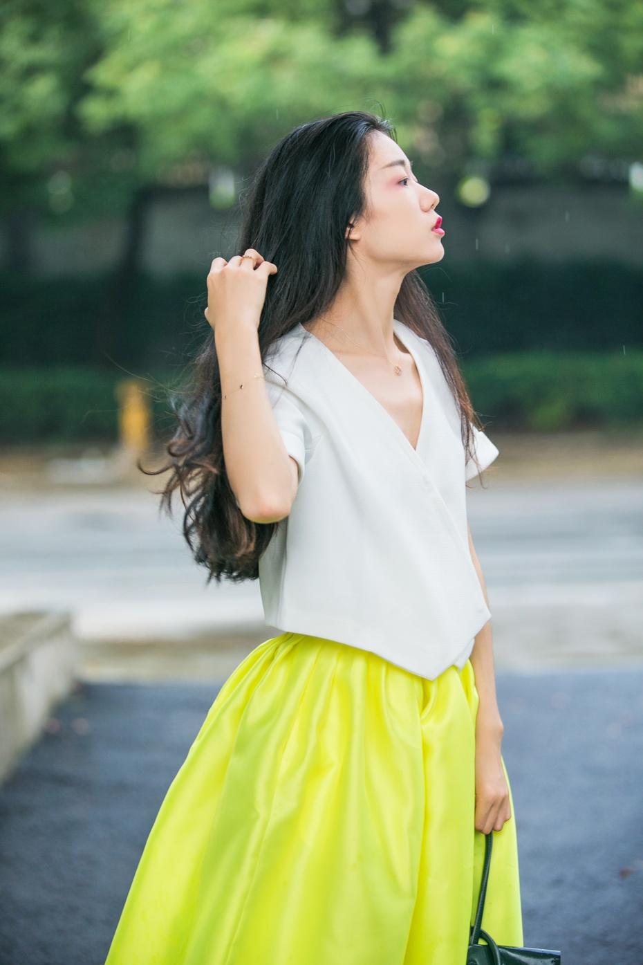 [Ava搭配周记]告别无趣,半裙要这么穿! - AvaFoo - Avas Fashion Blog