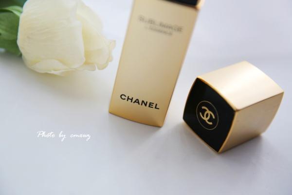 令肌肤透亮的金色之美,香奈儿奢华精质赋活精粹。 - 草莓小玩子 - 【不再设置评论功能。有事请邮件联系。】