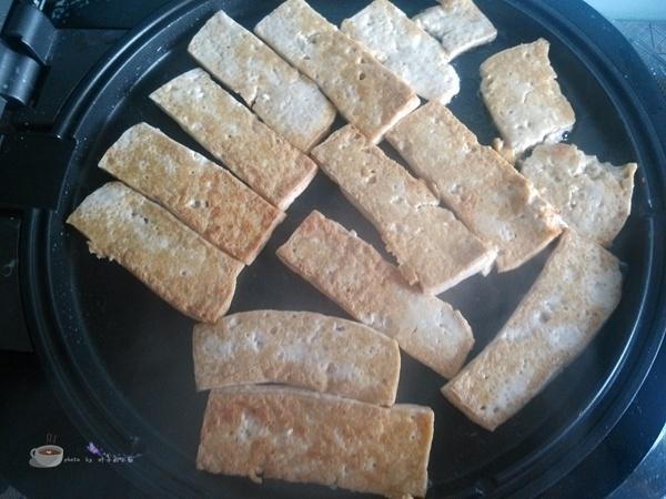 电饼铛版香煎豆腐 - 叶子的小厨 - 叶子的小厨