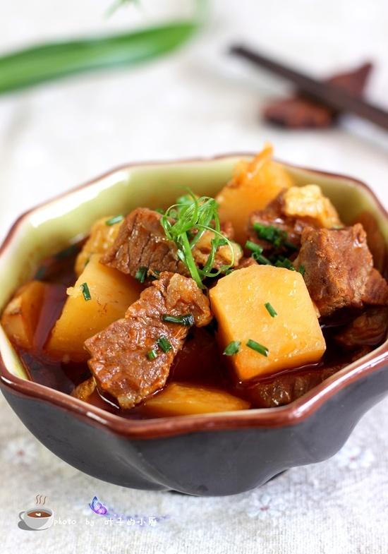 土豆炖牛肉 - 叶子的小厨 - 叶子的小厨