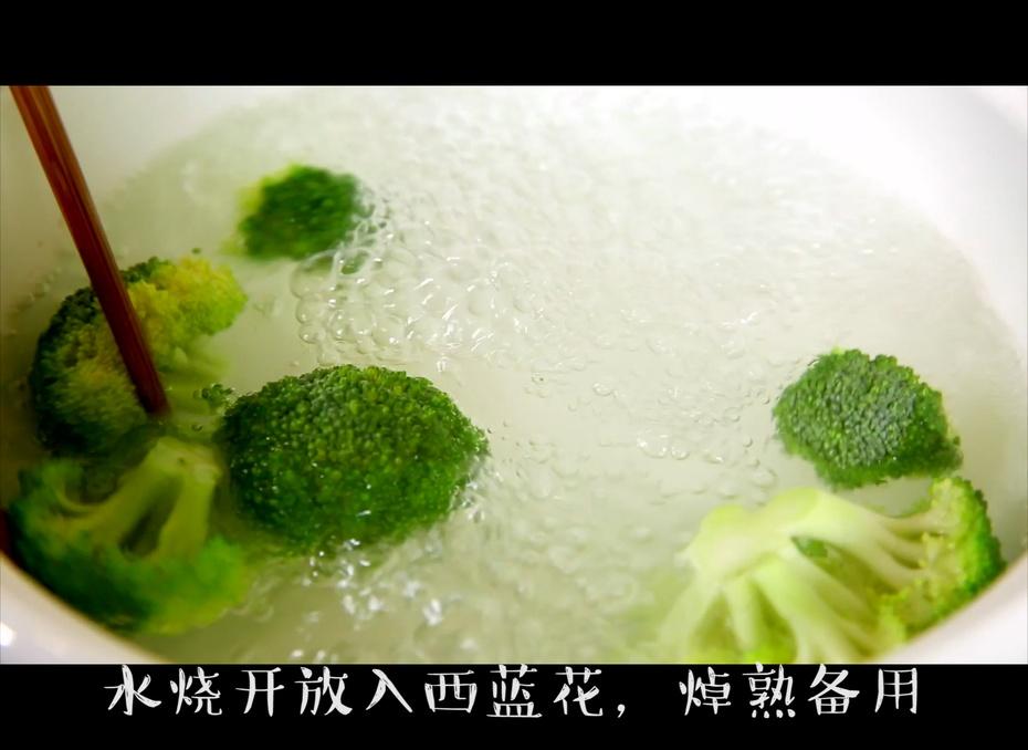 什么样的饭才能在主厨上桌之前就能全部吃光? - 蓝冰滢 - 蓝猪坊 创意美食工作室