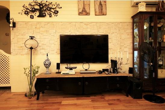 客厅瓷砖电视背景墙效果图2