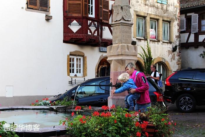 在法国小镇上吃个饭费大劲了 - 盖昭华 - 盖昭华的博客
