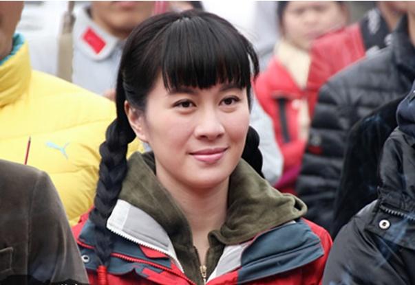 叶璇告诉你《躲艳记映山红》为神马那样红!
