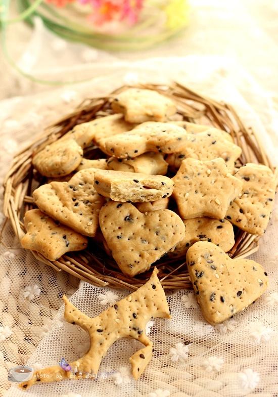 芝麻苏打饼干 - 叶子的小厨 - 叶子的小厨