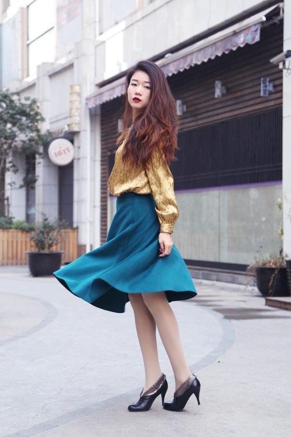 【Ava搭配日记】百搭的金色-来自妈妈的古董衬衫 - AvaFoo - Avas Fashion Blog