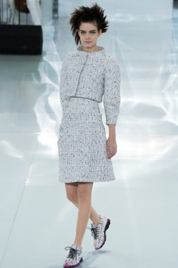 Chanel春夏高定诠释奢华运动风尚 - VOGUE时尚网 - VOGUE时尚网