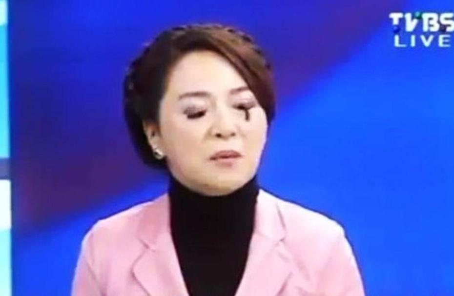 台美女名嘴直播中假睫毛脱落(组图) - 遇果林 - 遇果林-原生态博客